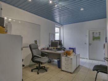 Büro / Praxisraum II