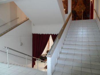 Foyer / Treppenaufgang