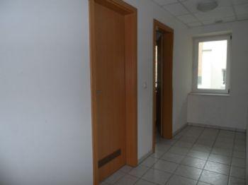 Treppenhaus Nebenräume Toiletten