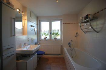Badezimmer groß