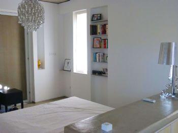 Schlafzimmer (HG)/sleepingroom (MB)