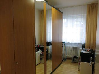 Halbes Zimmer