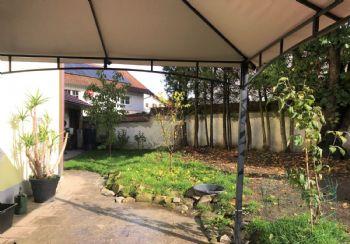 Garten (ohne Pavillon)