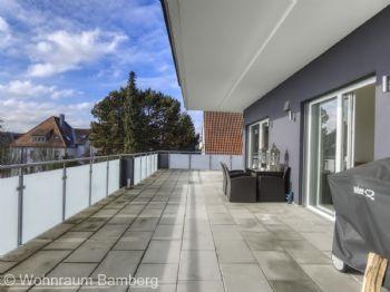 Außenansicht Terrasse Vorne