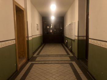 Blick auf Eingangstür