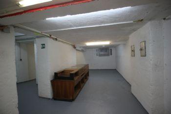 Kellerfläche