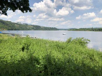 Ufer unterhalb des Grundstücks