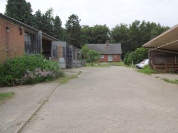 Haus von Zufahrtsseite